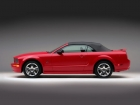 mustang-2005-convertible-red